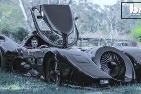 VIDEO. Un Australien construit sa propre Batmobile