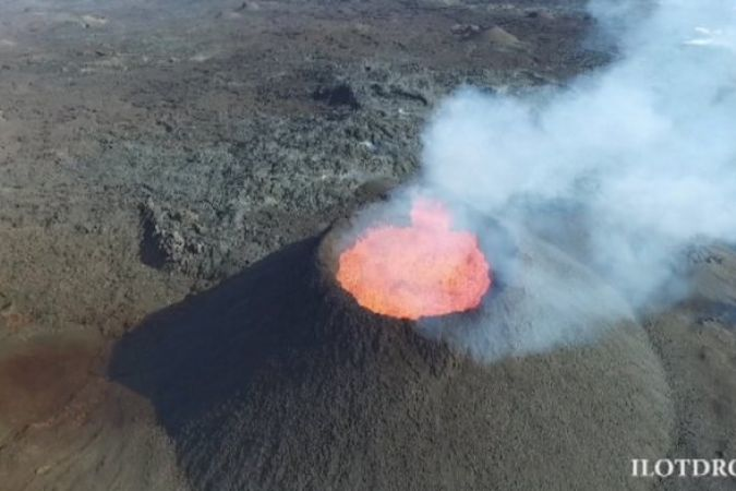 Volcan drone