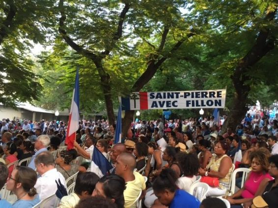 Meeting Saint Pierre public