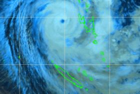 Vue satellite cyclone Donna dimanche 7 mai 23 heures