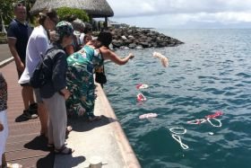 familles hommage air moorea